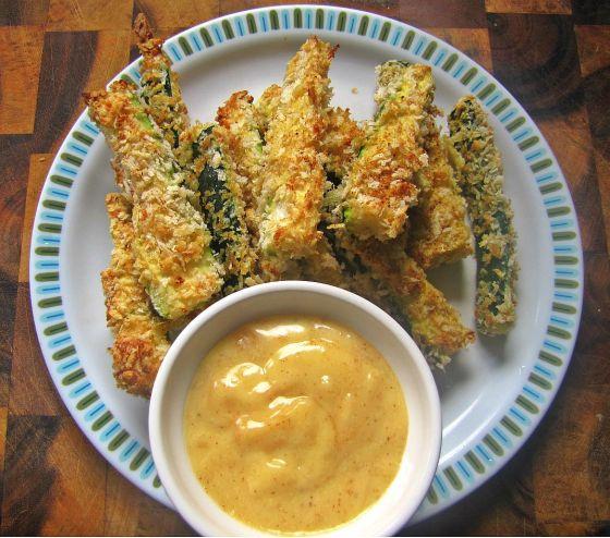 zucchini fries & aiolo